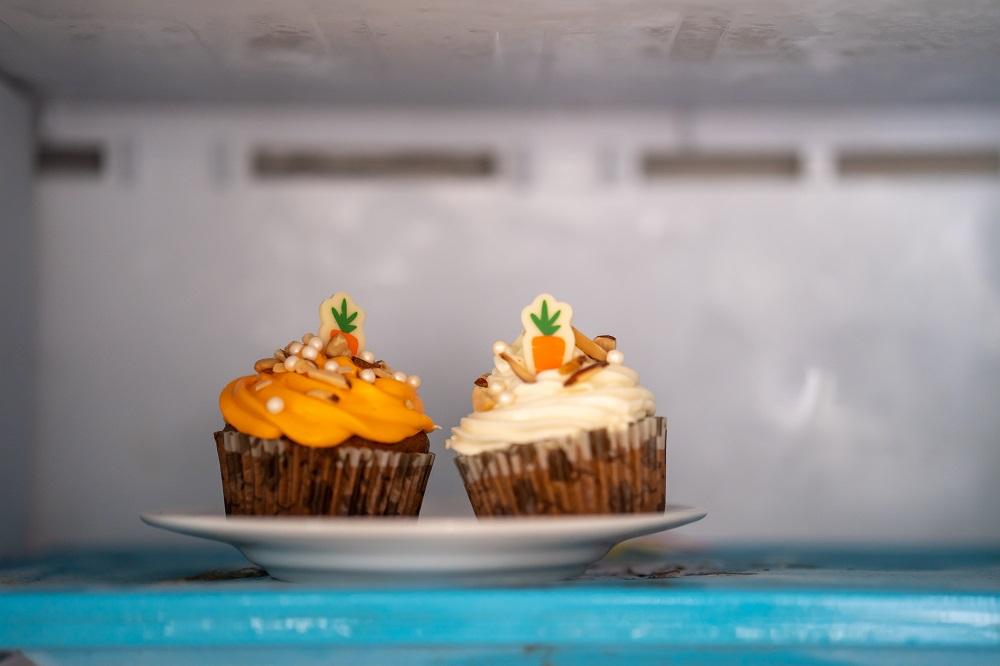 cupcakes in freezer