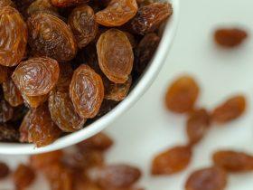 how long do raisins last